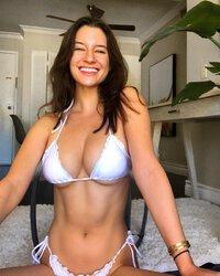 Nackt Amanda McCants  Amanda Holden